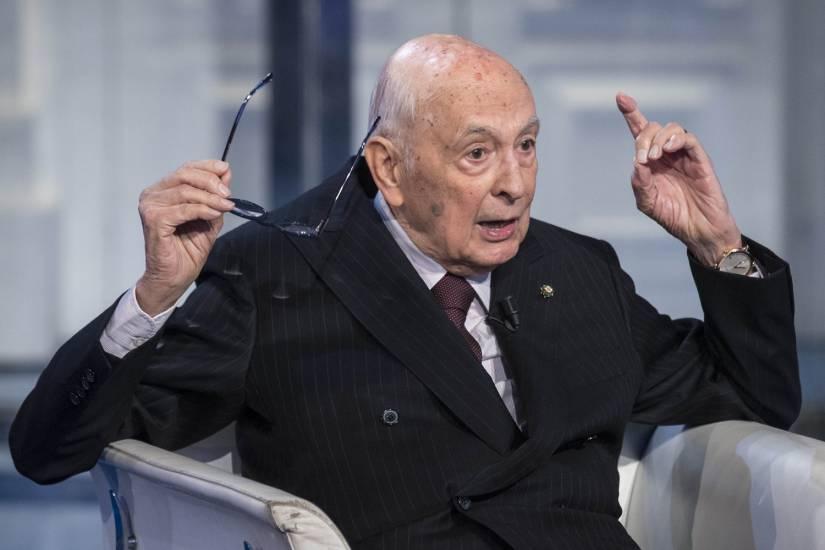 """Riforma elettorale, Napolitano a gamba tesa: """"Eliminare il capo della forza politica dal testo"""""""